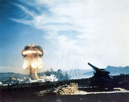 755px-Nuclear_artillery_test_Grable_Event_-_Part_of_Operation_Upshot-Knothole.jpg